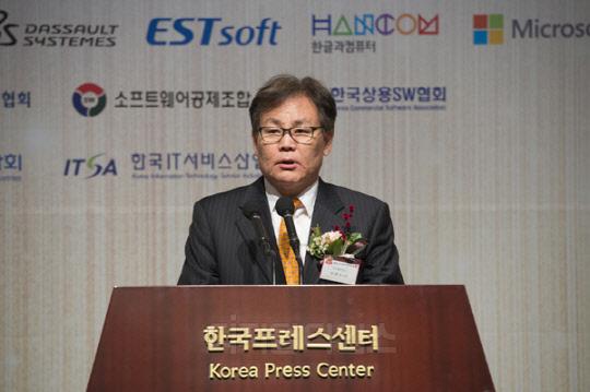 """""""4차 산업혁명 핵심 SW산업 가치 높이고 정품사용 확산 기여"""""""